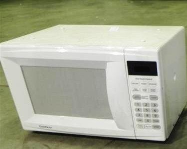 Swapsity Items Goldstar Microwave 700 Watt 0 7 Cubic Feet